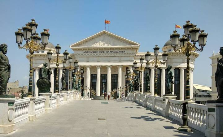 Skopje – Balkans' Las Vegas, a city of kitsch or something else?